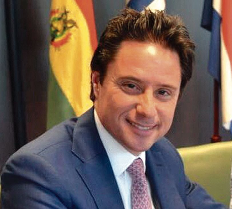 dEl director general de Escuelas bonaerense