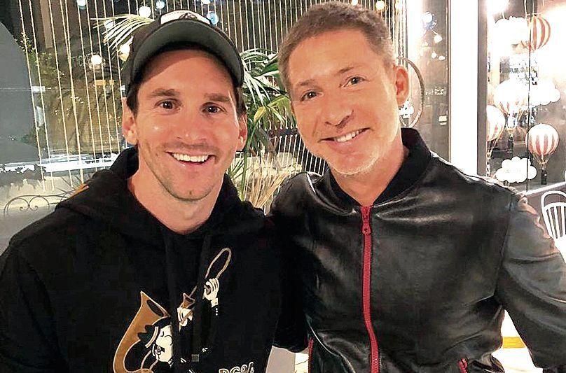 dLionel Messi y Adrián Suar juntos