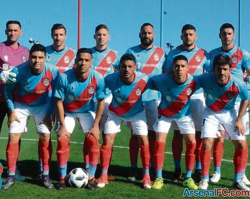 Arsenal ante Mitre, un lindo duelo en Sarandí