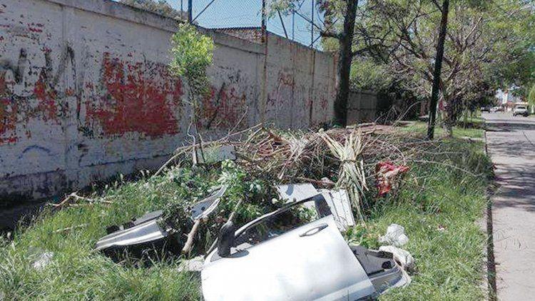 Una de las imágenes que lograron los vecinos banfileños en una zona donde tratan de evitar a los carritos.