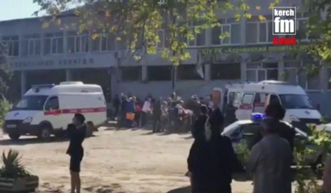 Al menos 19 muertos por una explosión en Crimea: un alumno hizo estallar una bomba