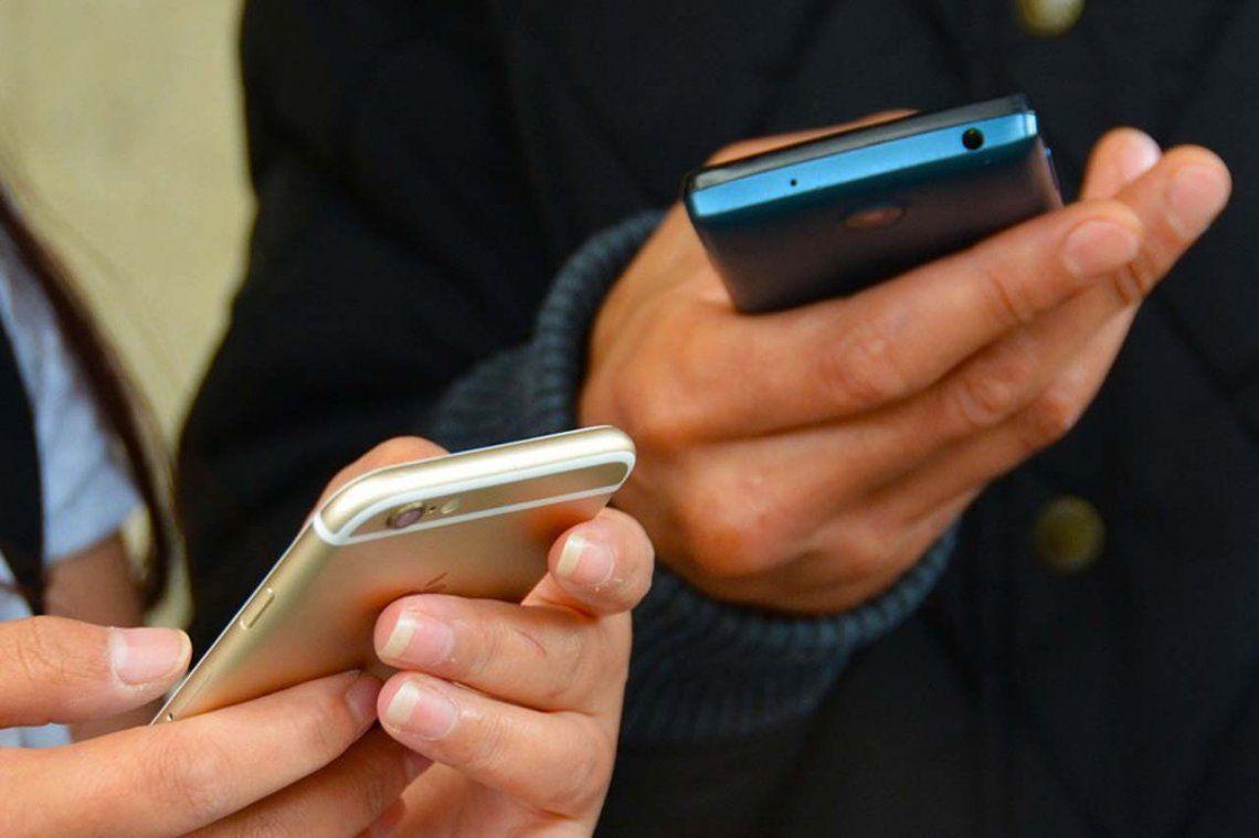 Extienden congelamiento en la tarifa de los celulares prepagos hasta diciembre