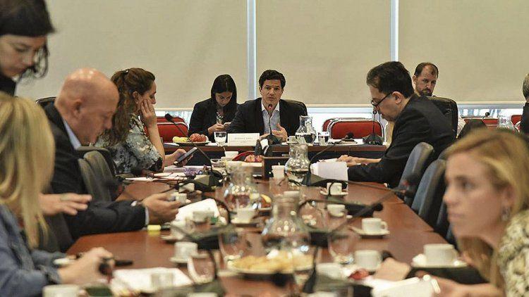dEl oficialismo logró dictamen para una batería de proyectos que busca apuntalar el Presupuesto 2019.
