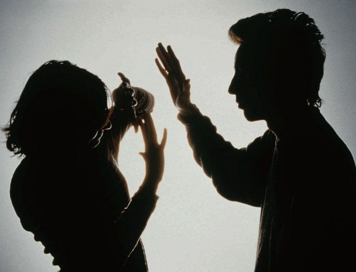 El grito de un chico en la calle para evitar un femicidio: Mi papá está matando a mi mamá