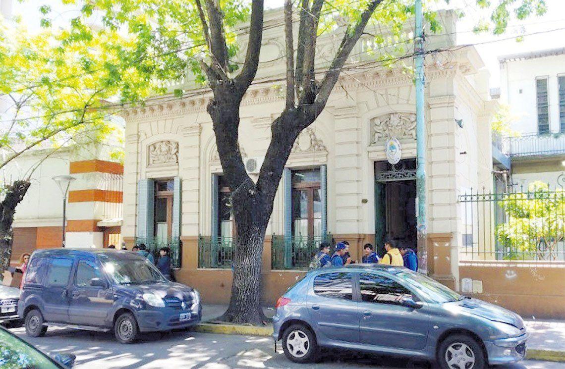 Quilmes: detuvieron a un padre golpeador por denuncias de dos escuelas