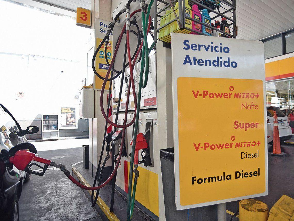 dDesde el primer minuto de hoy la petrolera Shell decidió incrementar los precios de los fluidos.