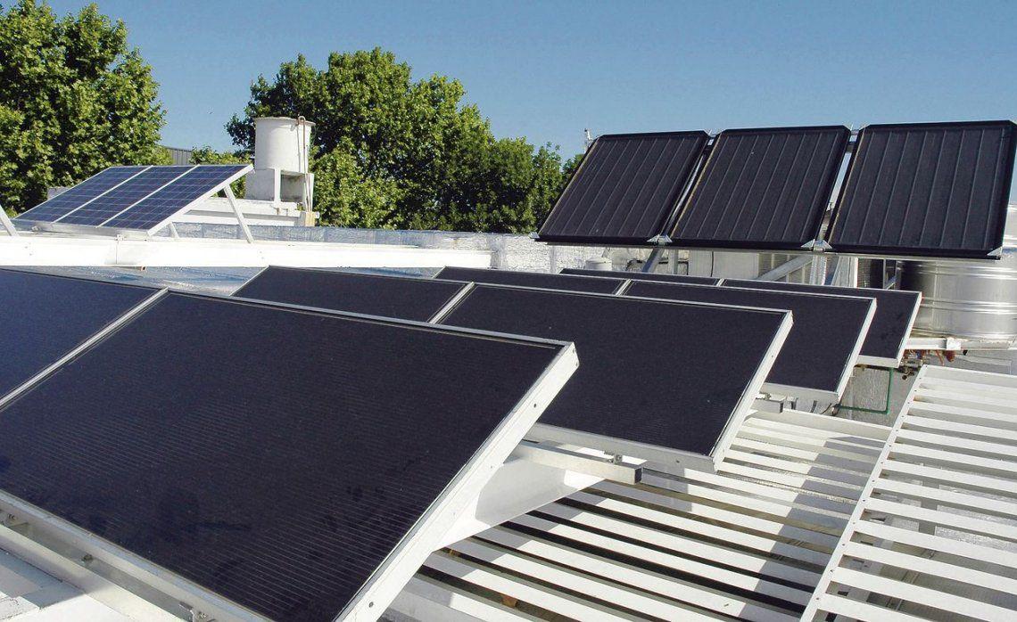dSe podrá generar energía renovable a través de los paneles solares y luego vender el excedente a la red.
