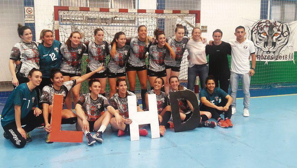 dLas chicas y un momento de lujo en el handball de la región.