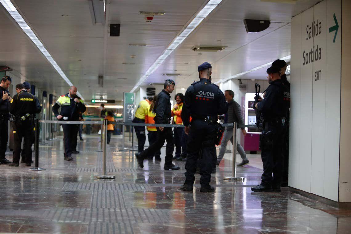 España: Desalojaron la estación de trenes de Barcelona tras hallar una valija sospechosa