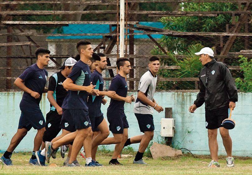 dEl entrenador quiere sumar 12 de 12 ante Sportivo Italiano.