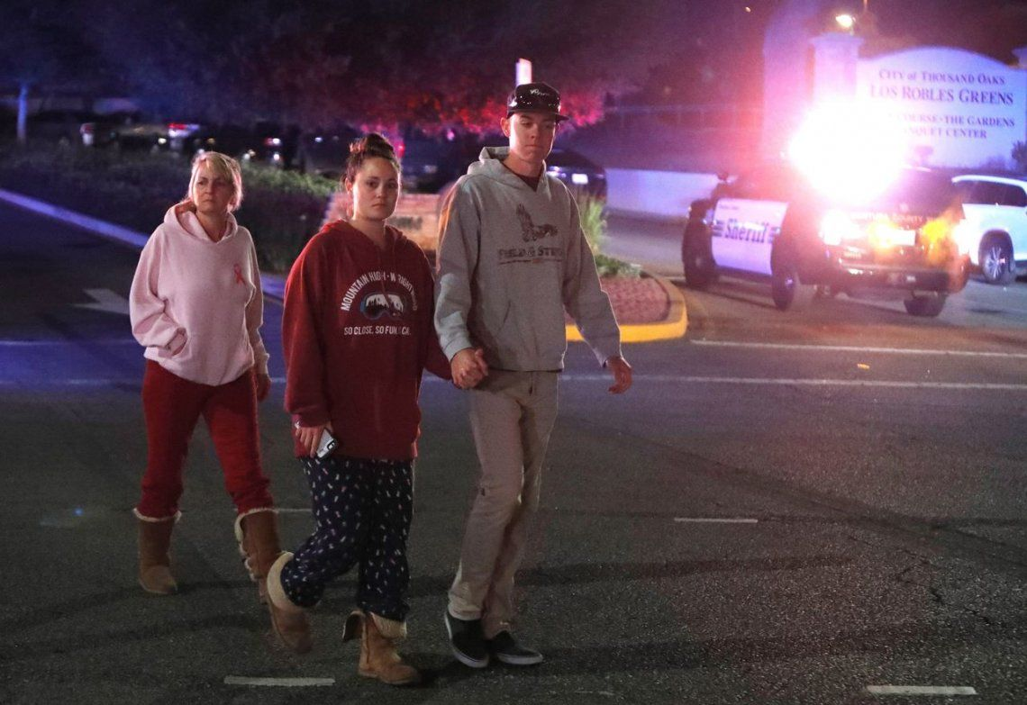 Las fotos de la masacre en un bar de California