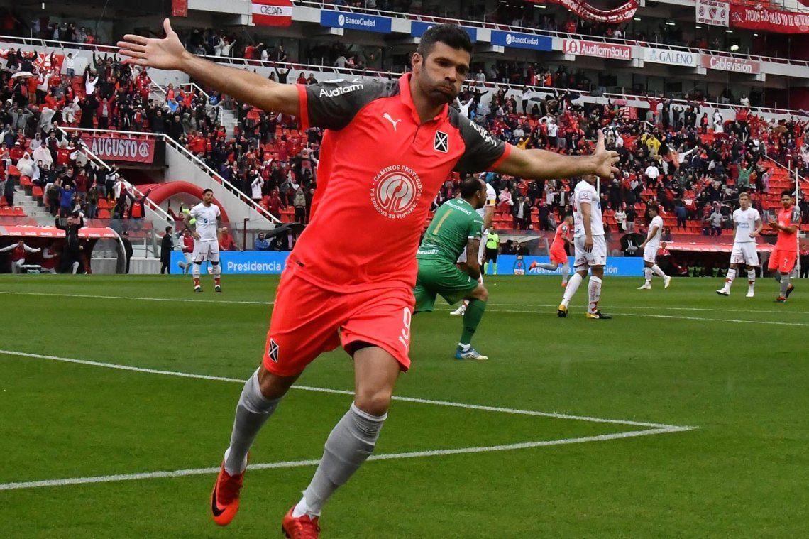 El Puma Gigliotti podría pegar la vuelta a Independiente