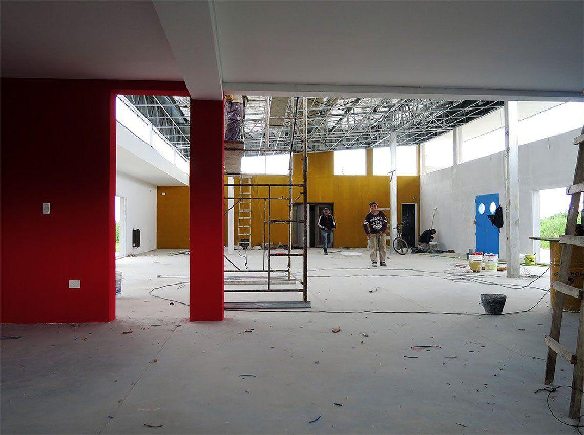 Almirante Brown: construyen un Centro Comunitario en Glew