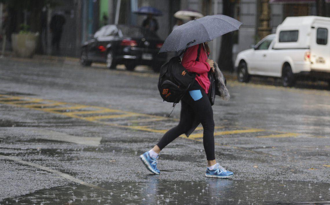 De un extraño calor a la tormenta: cómo sigue el clima en la Ciudad y el Conurbano