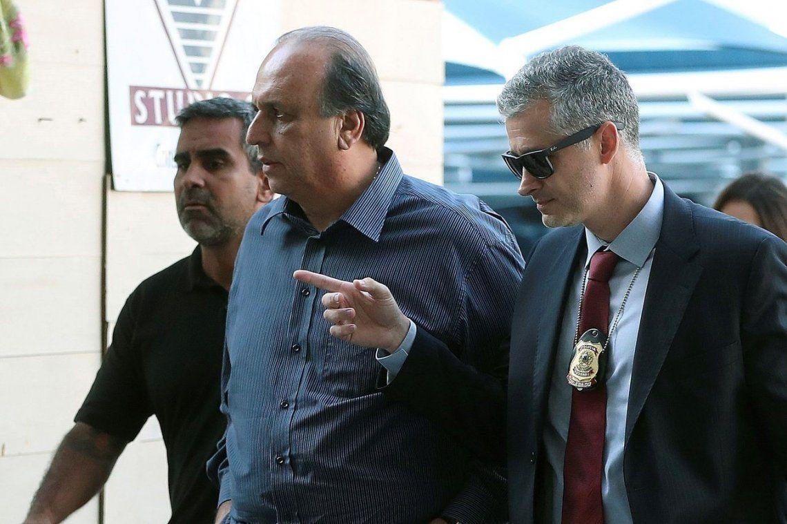 Detienen por cargos de corrupción al Gobernador de Río de Janeiro