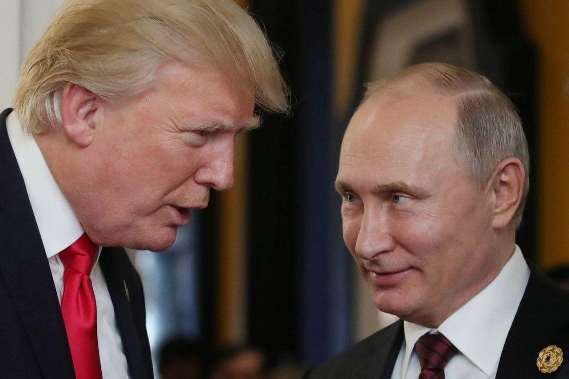 Donald Trump concuerda con Vladimir Putin en no intervenir en la crisis venezolana