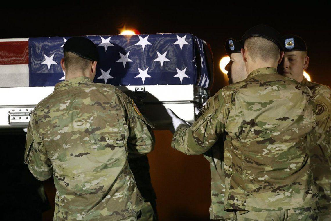 Tres soldados estadounidenses murieron por la explosión de una bomba en el centro de Afganistán
