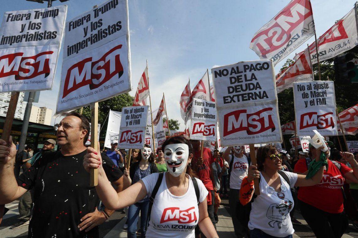 Manifestantes anti G20marcharon en Buenos Airessin incidentes