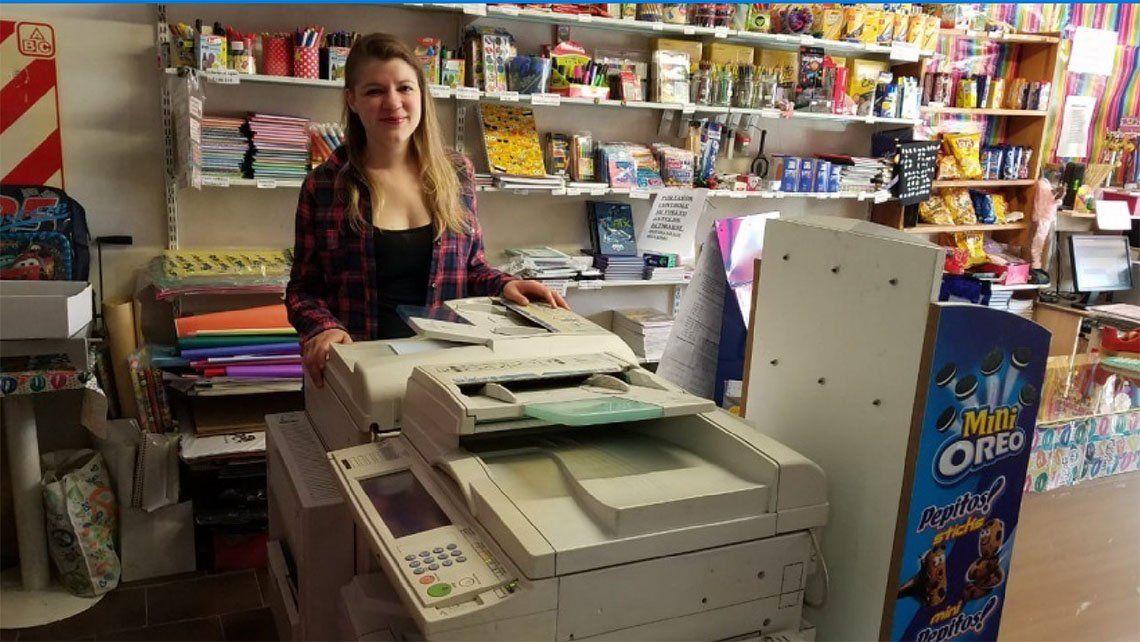 Quilmes: por la crisis, una librería imprime gratis los Curriculum Vitae
