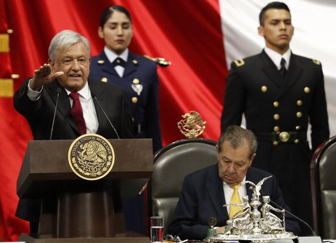 Andrés Manuel López Obrador asumió como el primer presidente de izquierda en la historia reciente de México