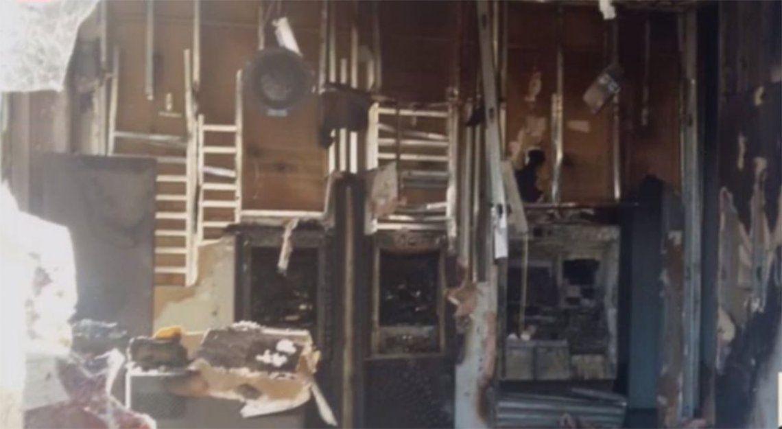 Incendiaron un banco en Flores durante la madrugada