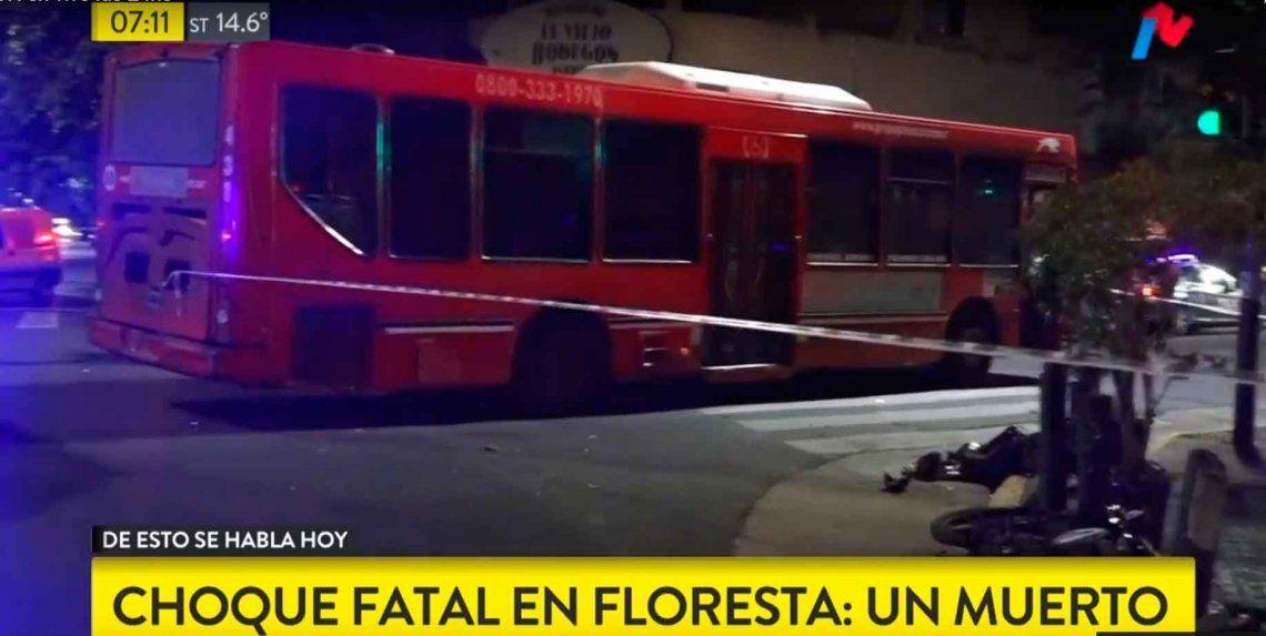 Choque fatal en Flores dejó a un motociclista muerto