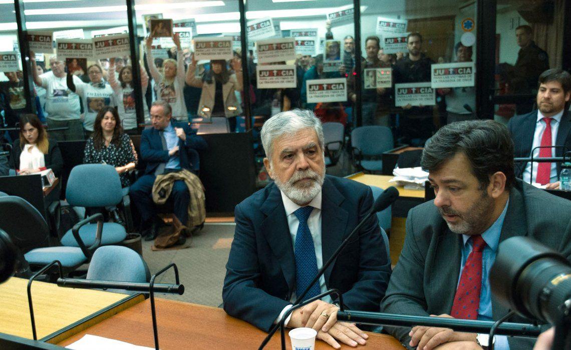 Piden que Julio De Vido vaya a juicio oral por la causa de las coimas de Odebrecht