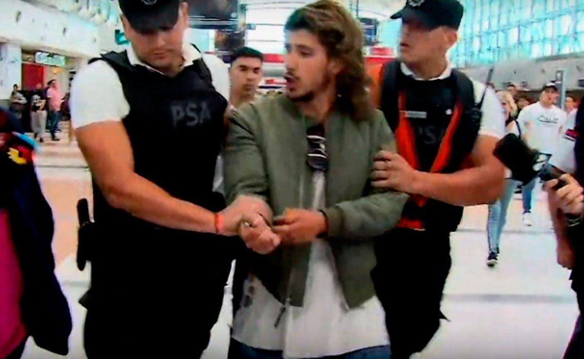 Detuvieron a Rodrigo Eguillor cuando quería salir del país: Llamen a mi vieja