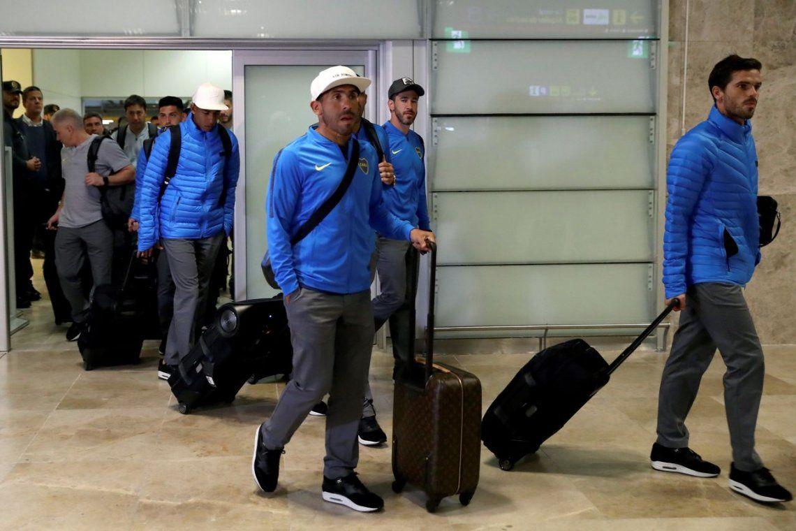 Boca llegó a Madrid y tuvo de bienvenida el abrazo de los hinchas españoles