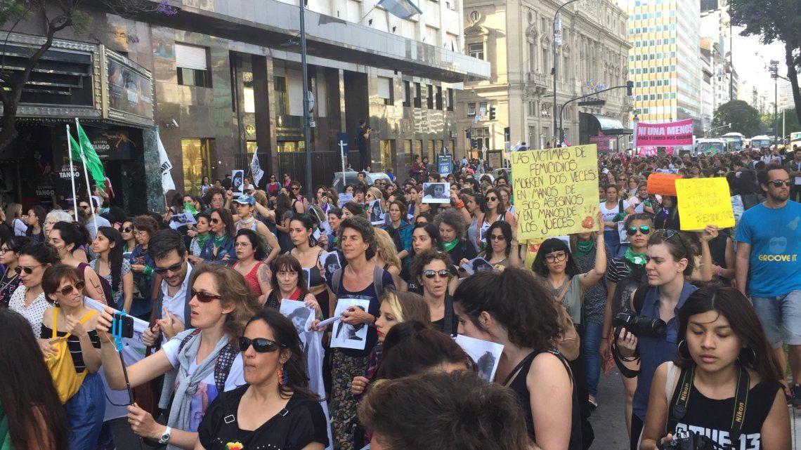 Crimen de Lucía Pérez: las imágenes de la marcha en repudio del fallo absolutorio