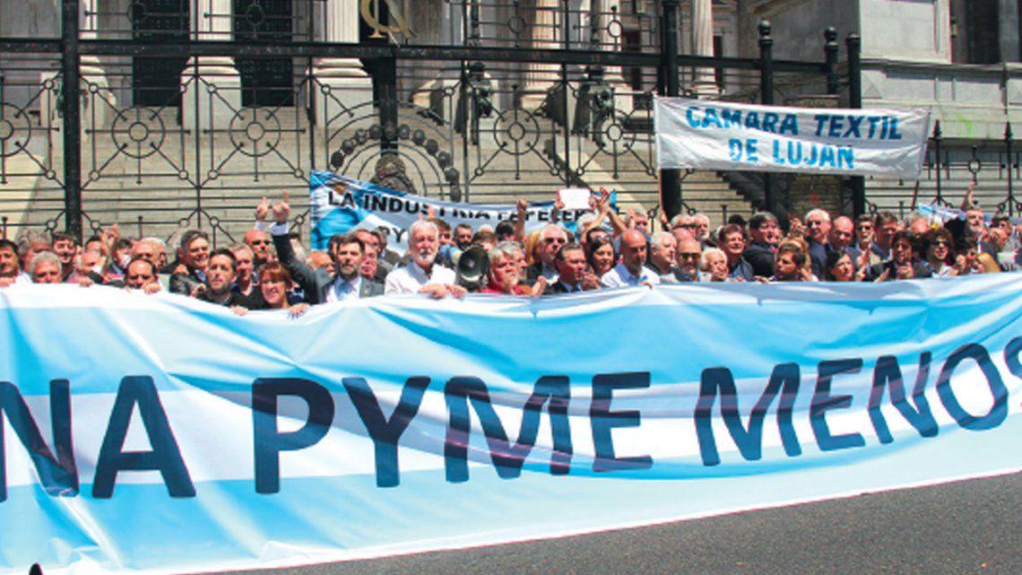 Petitorio a legisladores para salvar la quiebra de PyMEs