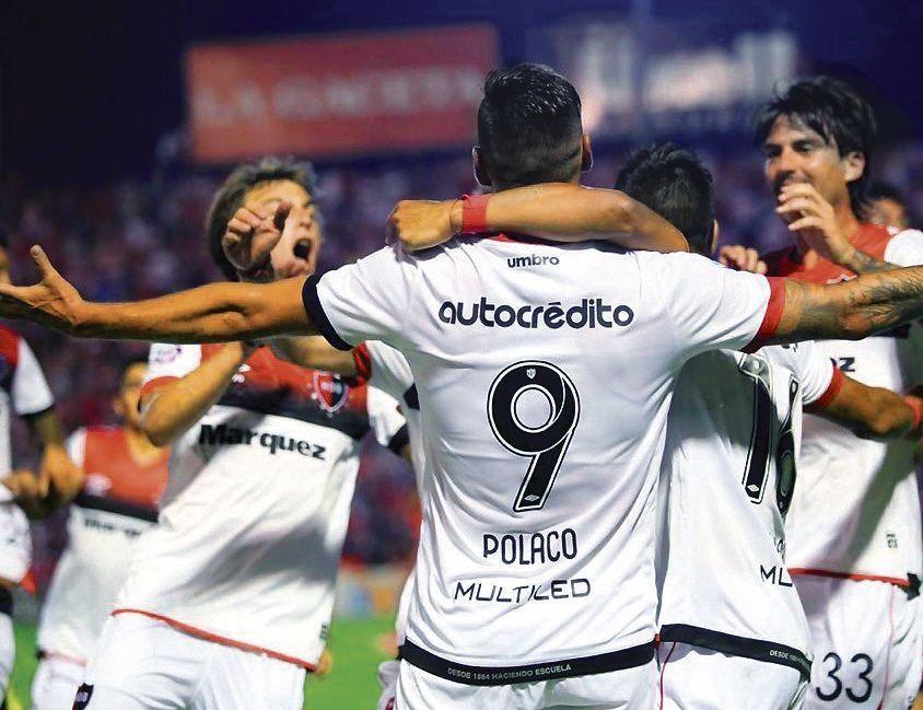 Superliga | San Martín (T) - Newells: los rosarinos no fueron para nada santos y se despacharon con una goleada