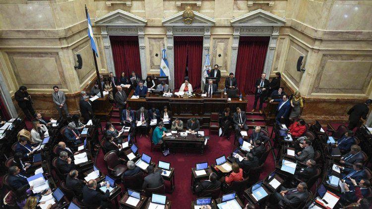 El Senado anticipó que sesionará hoy y el 19 de diciembre.