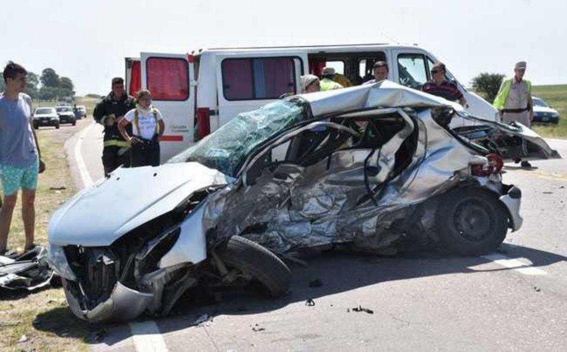 La Pampa: mueren seis integrantes de una familia en un choque