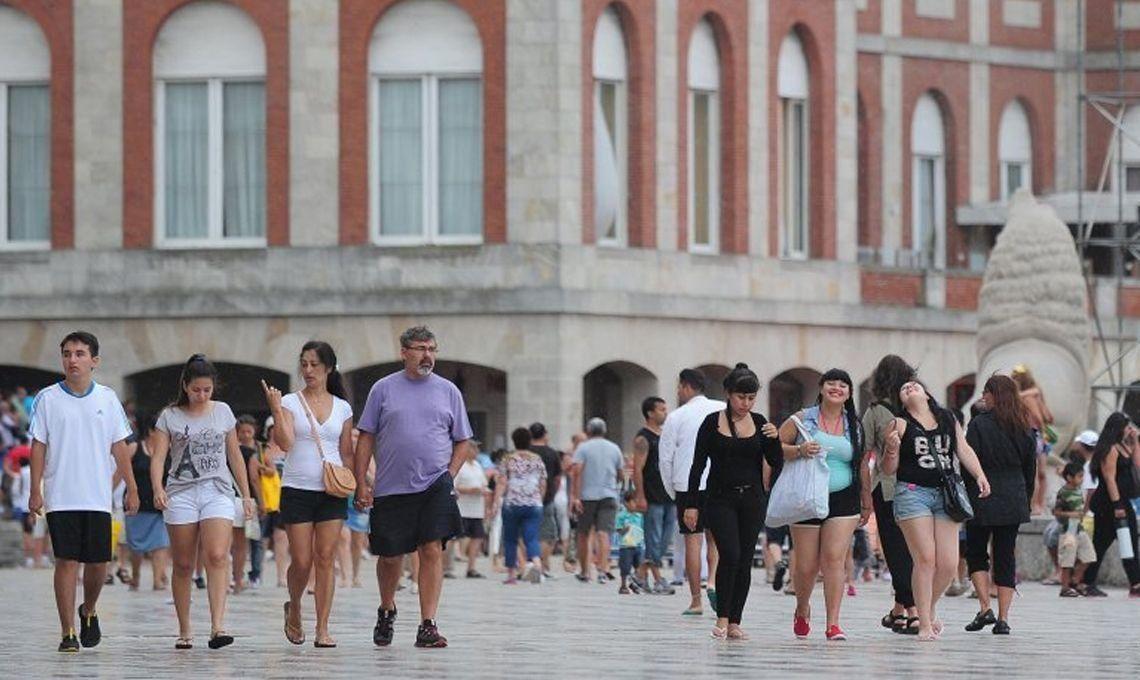 Mar del Plata: volvió el sol, pero el calor todavía se hace el remolón