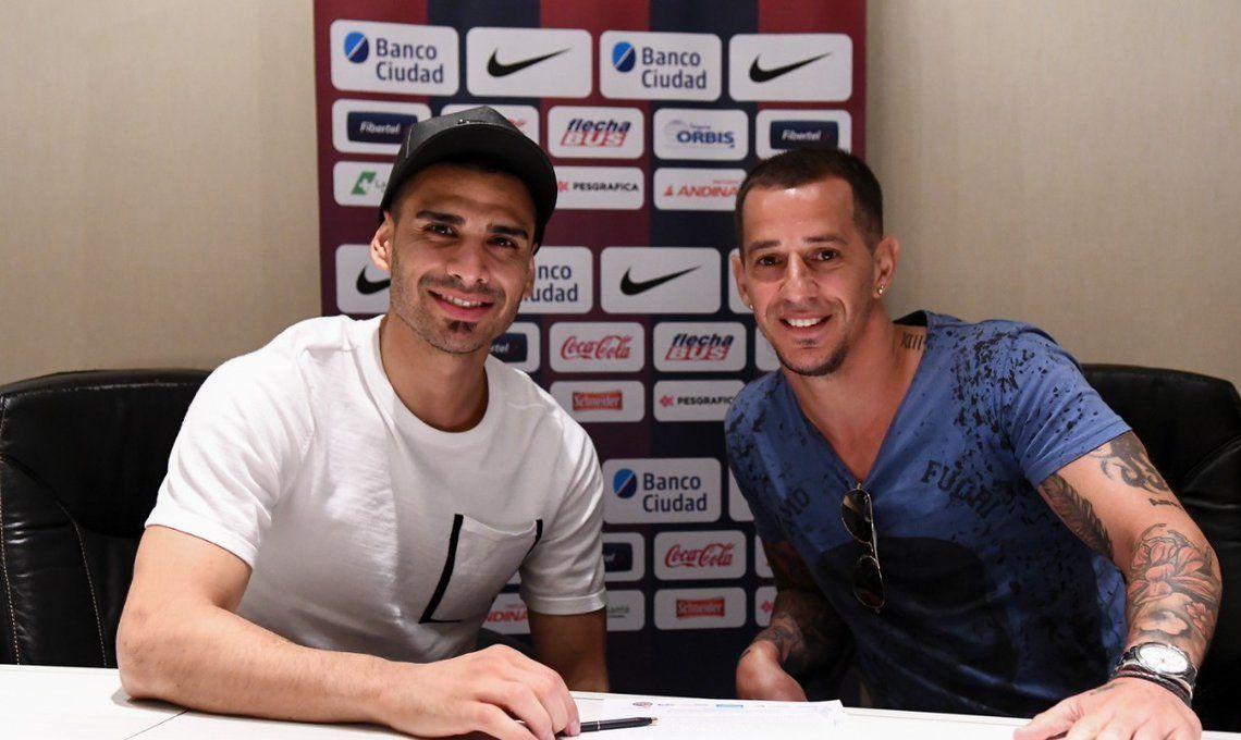 Fernando Monetti firmó su contrato con San Lorenzo y esta tarde se entrenará por primera vez con el plantel