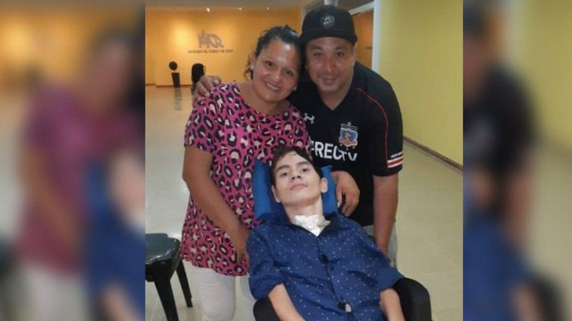 Quilmes: piden ayuda para un joven que quedó quadrapléjico al caer de las escaleras de una iglesia evangélica
