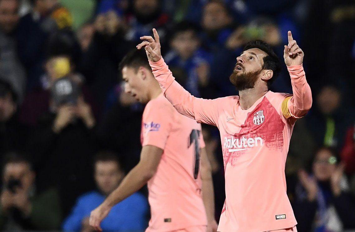 Messi guió al Barcelona a un triunfo que le permitió sacar más ventaja
