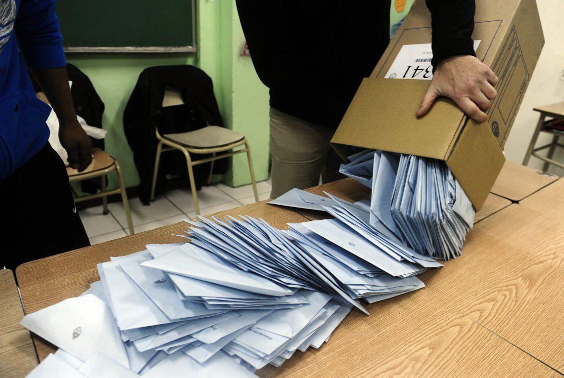 Adiós a los telegramas: el Gobierno quiere que cada escuela transmita los resultados de las Elecciones