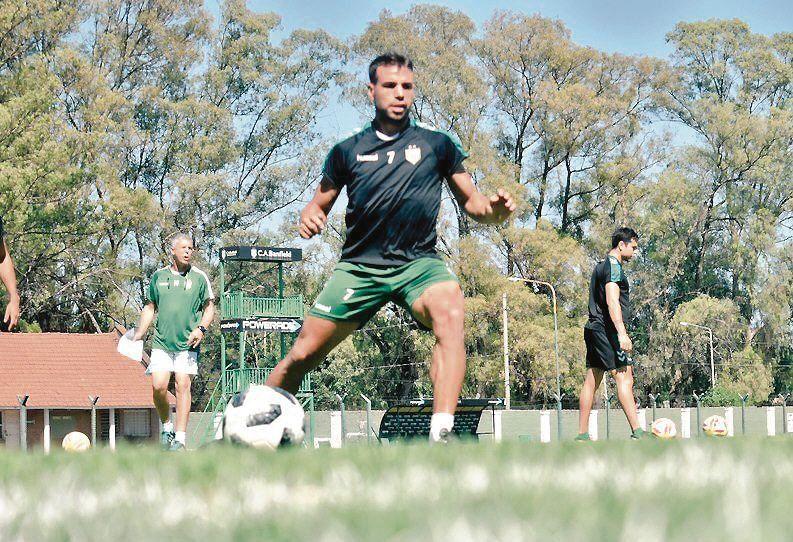 dEl volante quiere sacarle jugo a la pretemporada y a la experiencia de Crespo como entrenador.