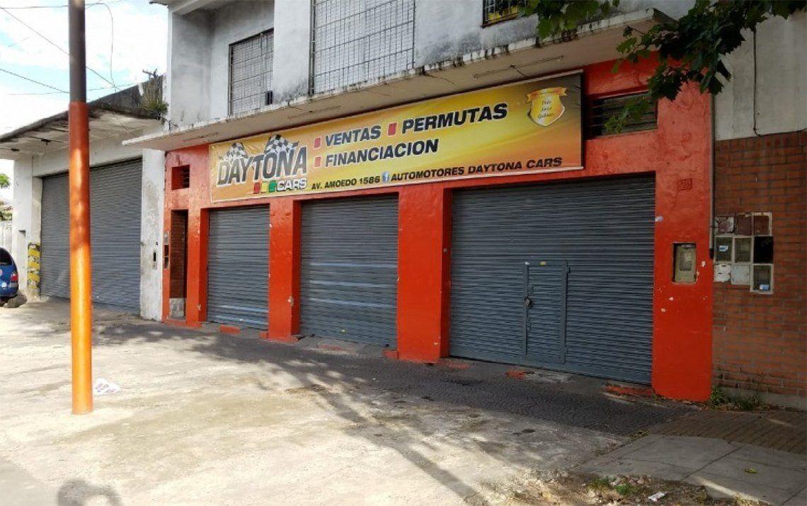 Quilmes: una discusión terminó a los tiros en agencia de autos