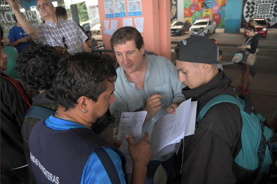Fiebre amarilla: largas filas para vacunarse en la Dirección de Sanidad de Fronteras