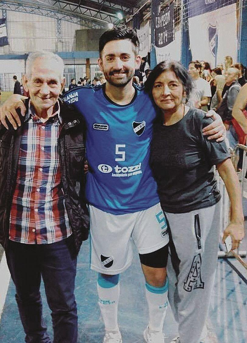 dParrotta se va de Unión y continuará su carrera en el Lobo platense.
