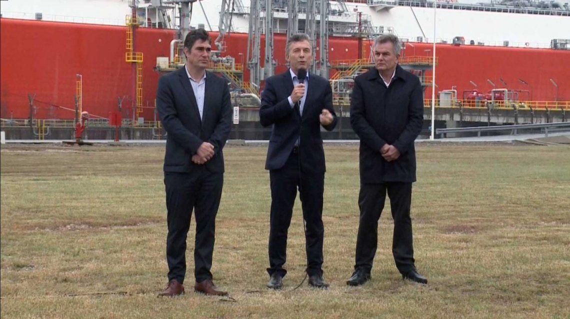 Desmintieron el retorno del buque regasificador al que Macri tildó de símbolo del despilfarro