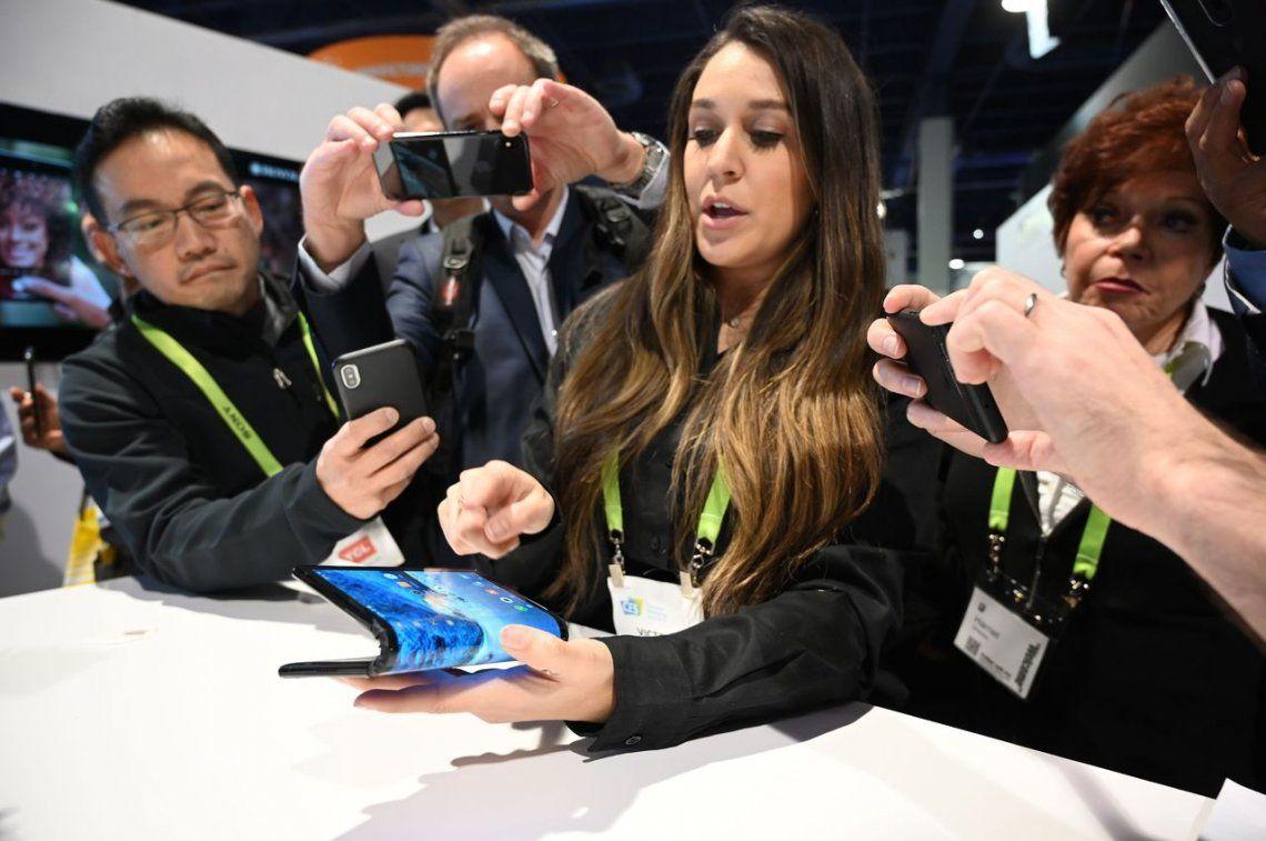 CES 2019: FlexPai, el primer teléfono inteligente con pantalla plegable del mundo