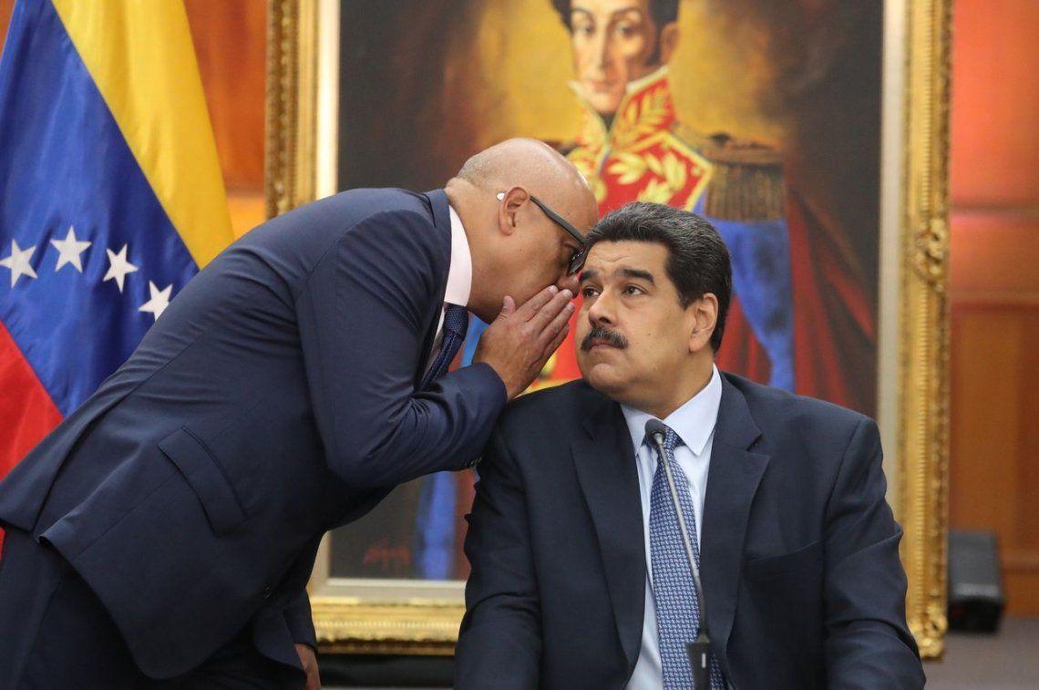 Nicolás Maduro a horas de asumir su segundo mandato como presidente: Está en marcha un golpe de Estado