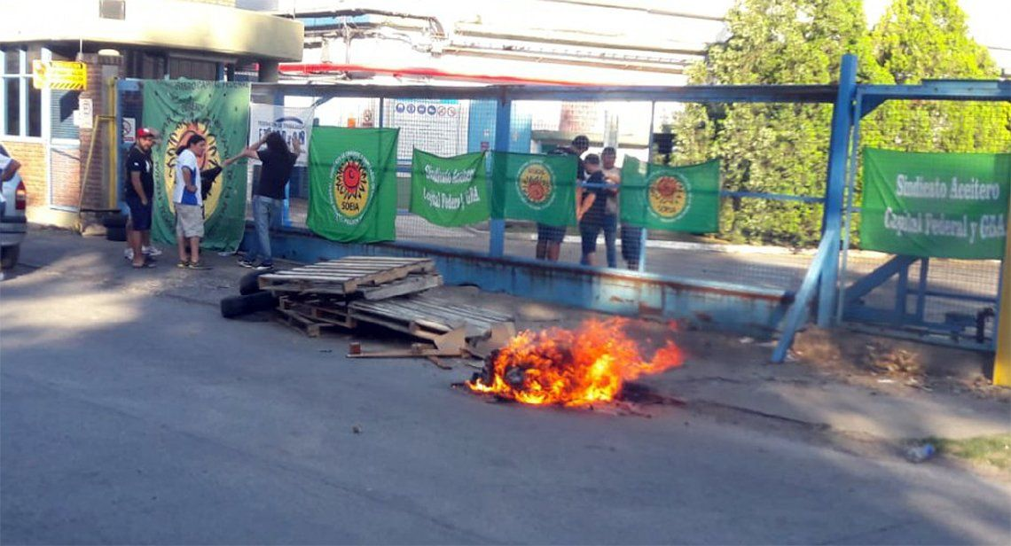 Lanús: cerró planta de aceites Legítimo en Valentín Alsina