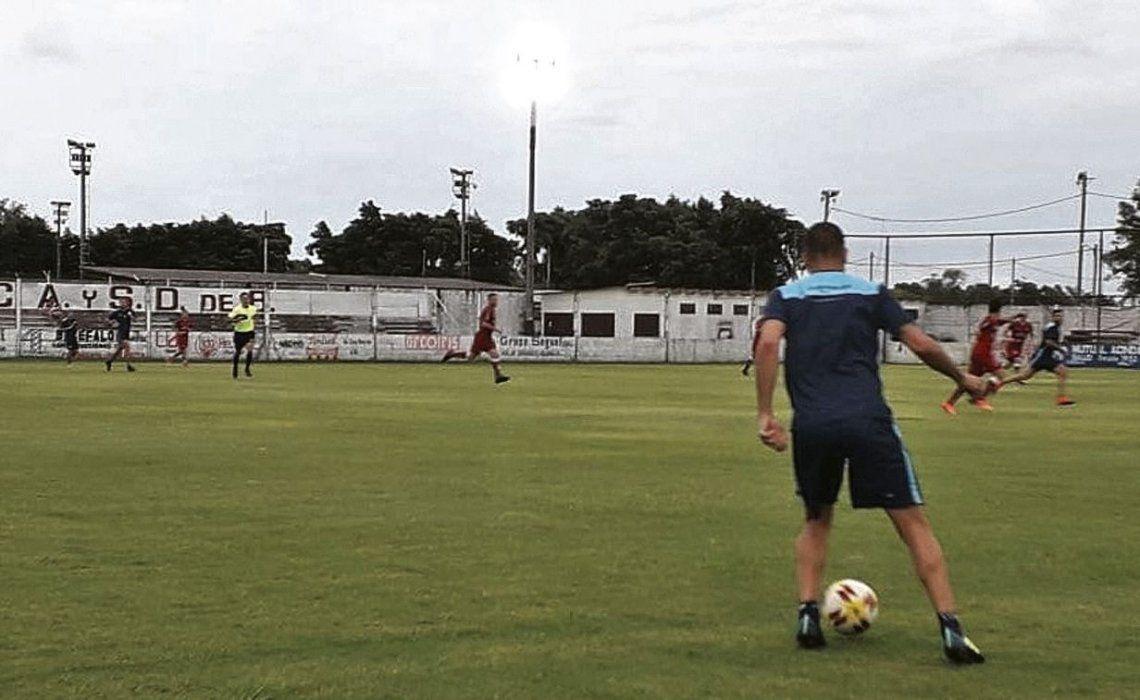 dAldirico movió mucho el equipo a los largo de los 70 minutos que se disputaron.