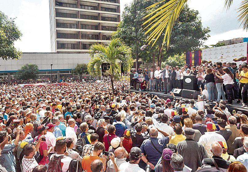 Oposición venezolana juega otra carta