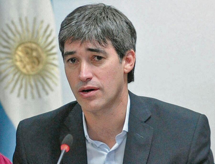 dAdrián Pérez